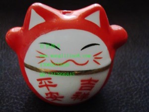 8000374--红色车挂猫--平安吉详-招财进宝