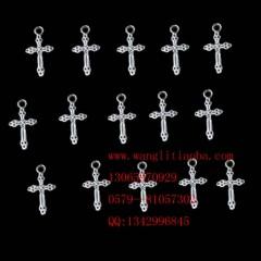 8000586--每包100个--藏银小饰品--十字架