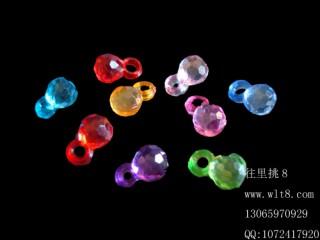 8205004--每包500装--亚克力饰品小挂件苹果珠--混装