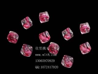 8205057--每包20--小号方形多棱夜光水晶--粉红色