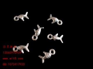 8205032--每包100个--独饰源藏银古银--小鱼