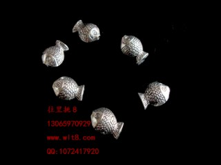 8205037--每包100个--独饰源藏银古银--小号鱼