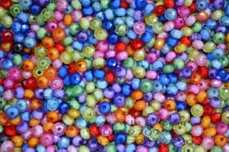 8000369--每包500个8mm仿水晶大孔扁亚克力塑料珠
