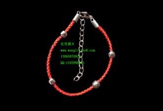 8000021--每包100个--四珠绳带环手链--红色成品